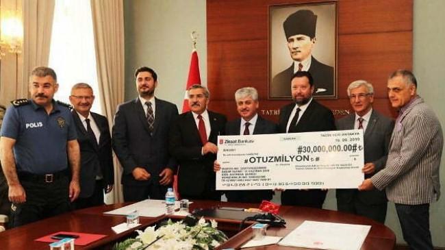 Meclis Binası ve Adalı Konağı Tapu Teslim Töreni Yapıldı
