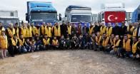İyilik Derneği'nden  İdlib'ten göç eden siviller için  6 TIR insani yardım