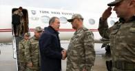 Bakan Akar ve komutanlar, Suriye sınırında