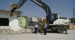 Yol Yapım Çalışmasına Engel Olan Binalar Yıkıldı