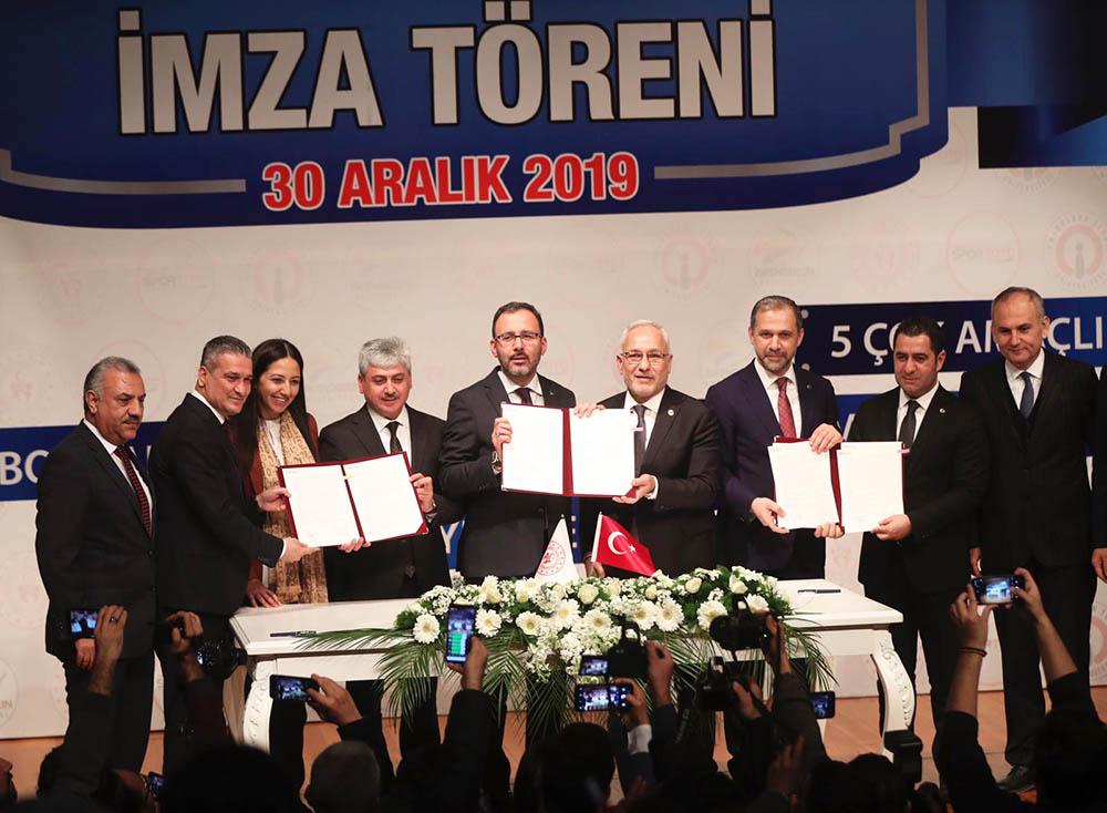 İskenderun Spor Tesisleri Toplu İmza Töreni Gerçekleştirildi