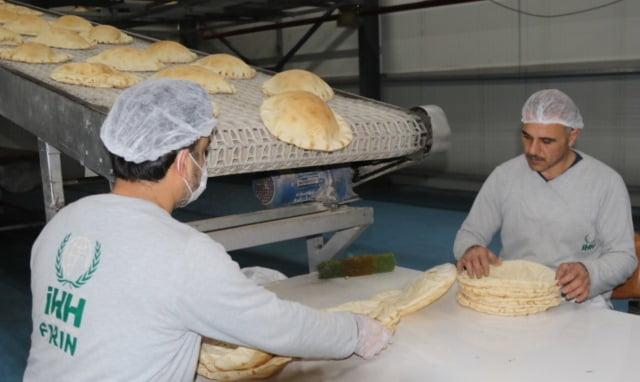 İHH'dan Suriye'ye 270 milyon ekmek