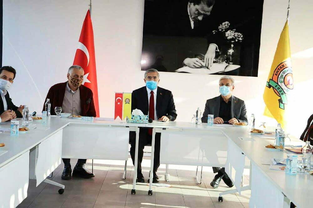 Turizm Sorunları ve Çözüm Önerileri masaya yatırıldı