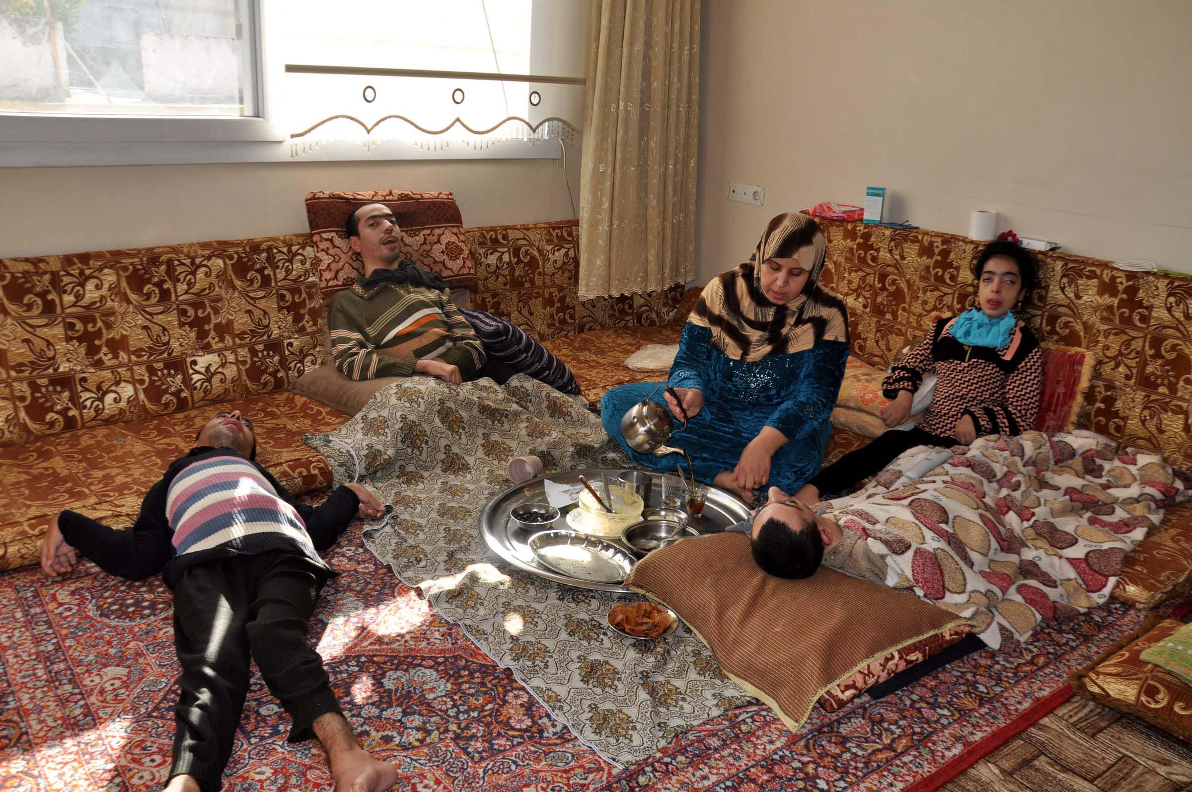 Suriyeli kardeşler yaşam mücadelesi veriyor