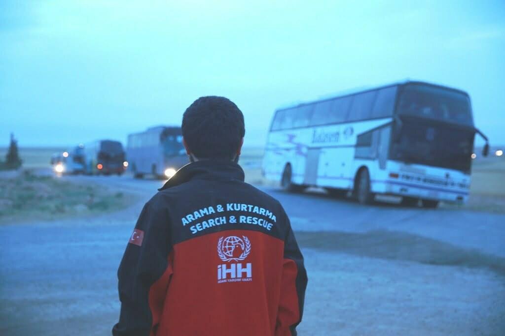 Humus'tan bin 850 sivil daha tahliye edildi