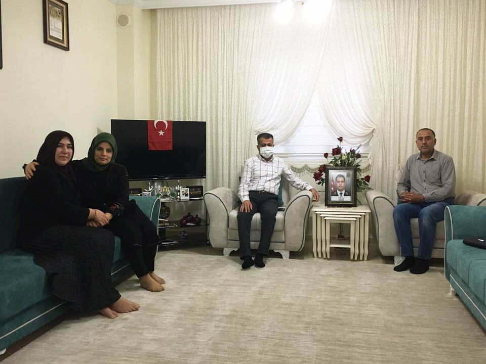 Başkan Hacıoğlu iftarını  şehit ailesiyle birlikte yaptı