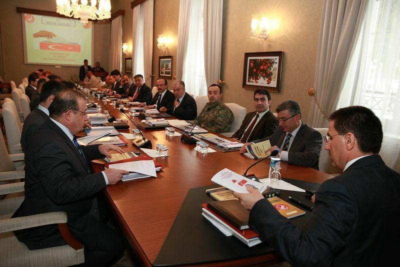 Vali Topaca Başkanlığında Seçim Güvenliği Toplantısı Yapıldı