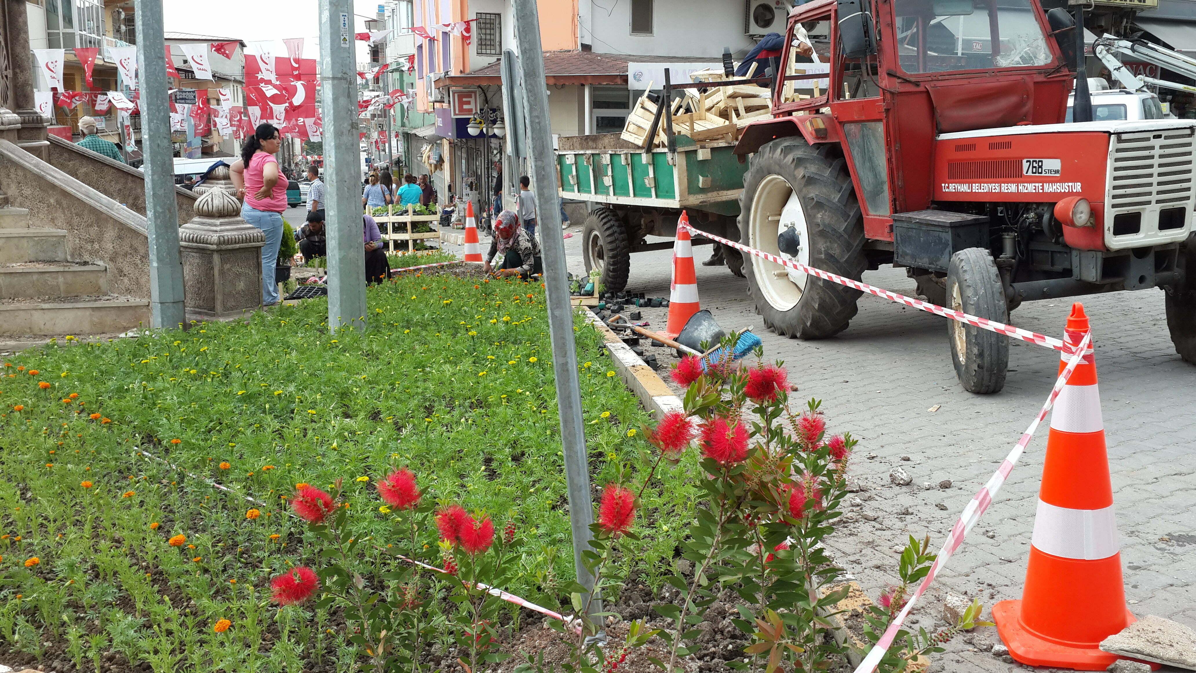 11 Mayıs Şehitliği'nin Çevre Düzenlemesi Yapıldı