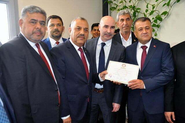 Reyhanlı ve Kumlu belediye başkanları görevlerine başladı