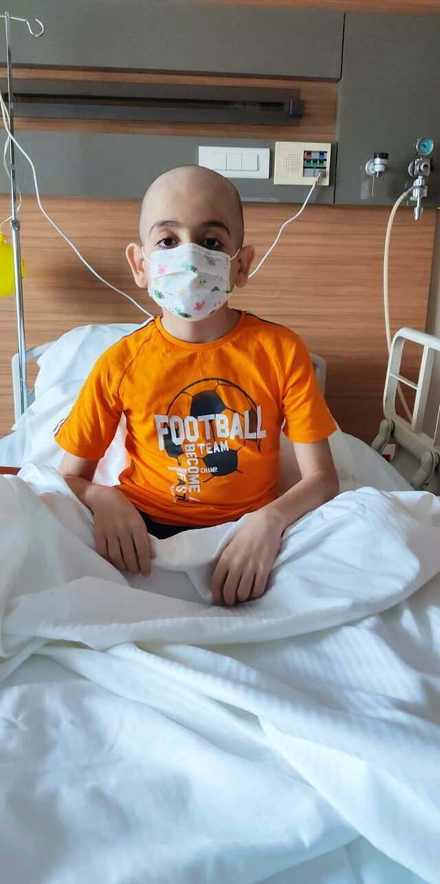 10 yaşındaki lösemi hastası Ahmet Ezer'e ilik nakli için bağış kampanyası