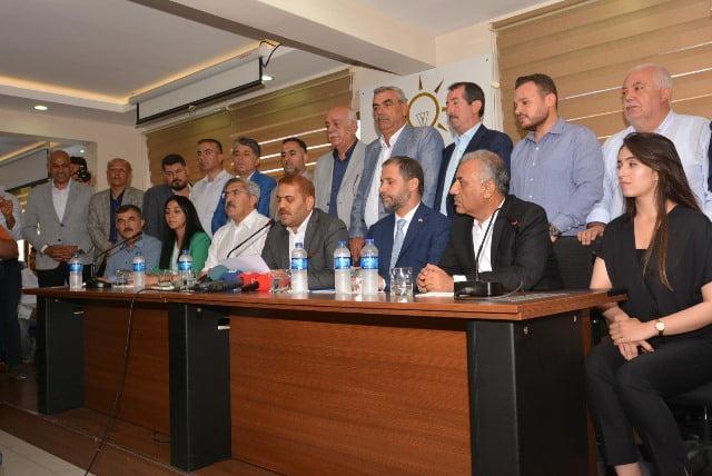 AK Parti Hatay İl Başkanı İbrahim Güler  basın toplantısı düzenledi