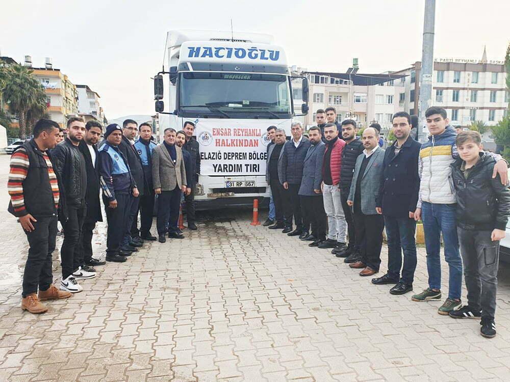 Reyhanlı'dan Deprem bölgesine yardım malzemesi desteği