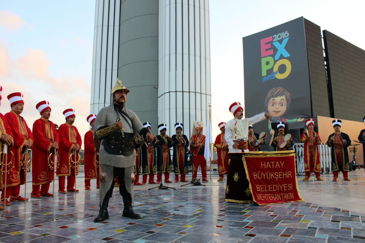 HBB MEHTERAN TAKIMI, EXPO ANTALYA'DA İZLEYENLERİ BÜYÜLEDİ