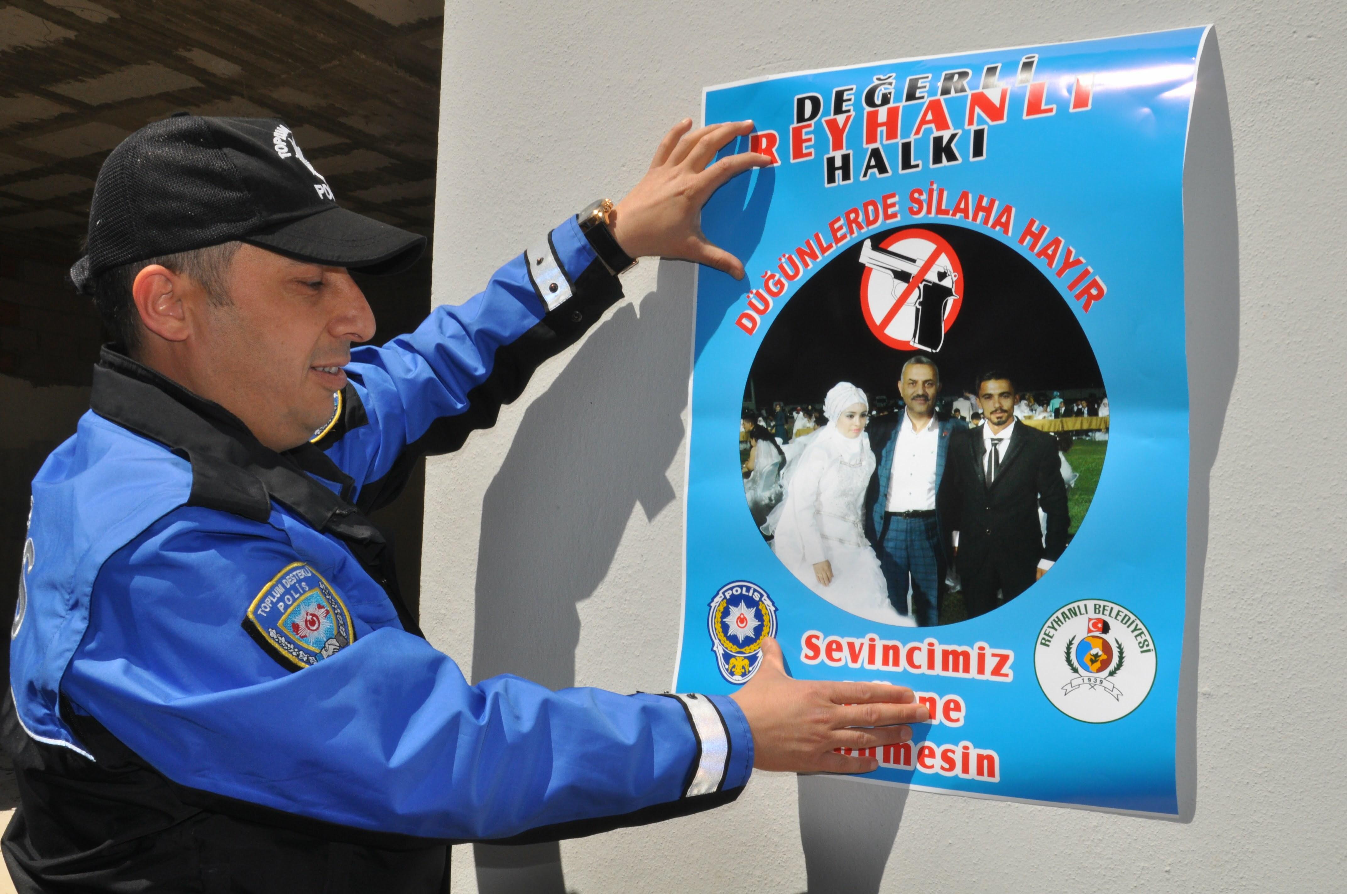 """POLİS'TEN """"EĞLENCENİZ MUTLU SONLA BİTSİN"""" PROJESİ"""