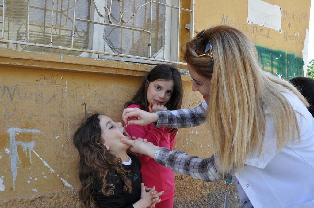 Çocuk Felci Aşısına Başlandı
