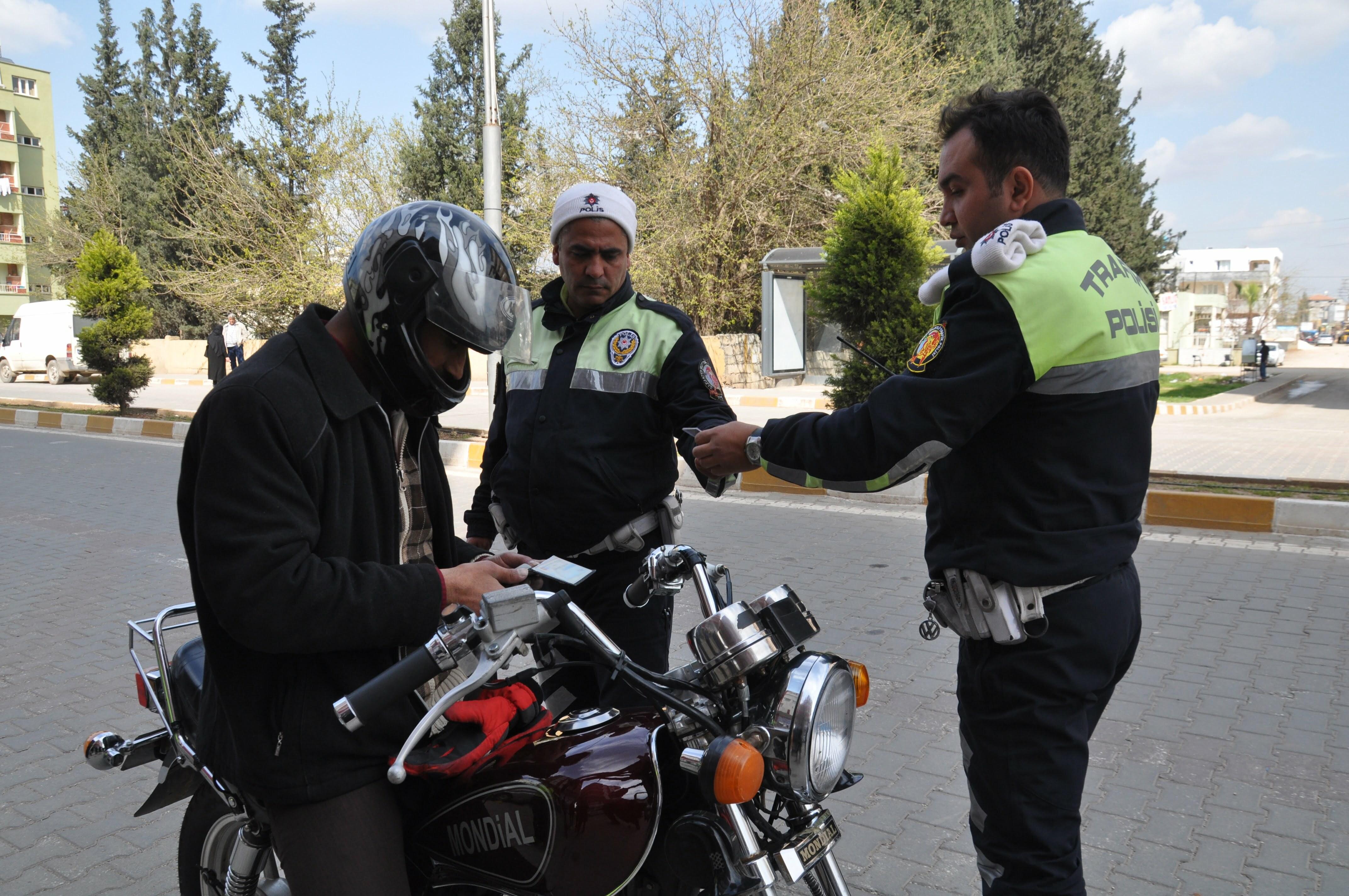 Reyhanlı'da Motosiklet Denetimleri Arttı