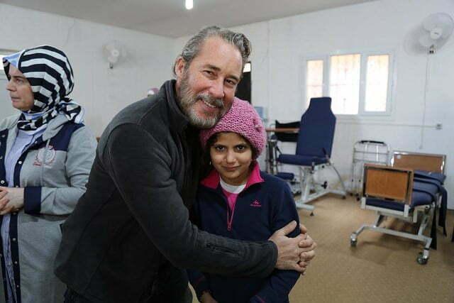 Sinan Albayrak, Suriye'de Savaş Mağduru Çocuklarla Buluştu