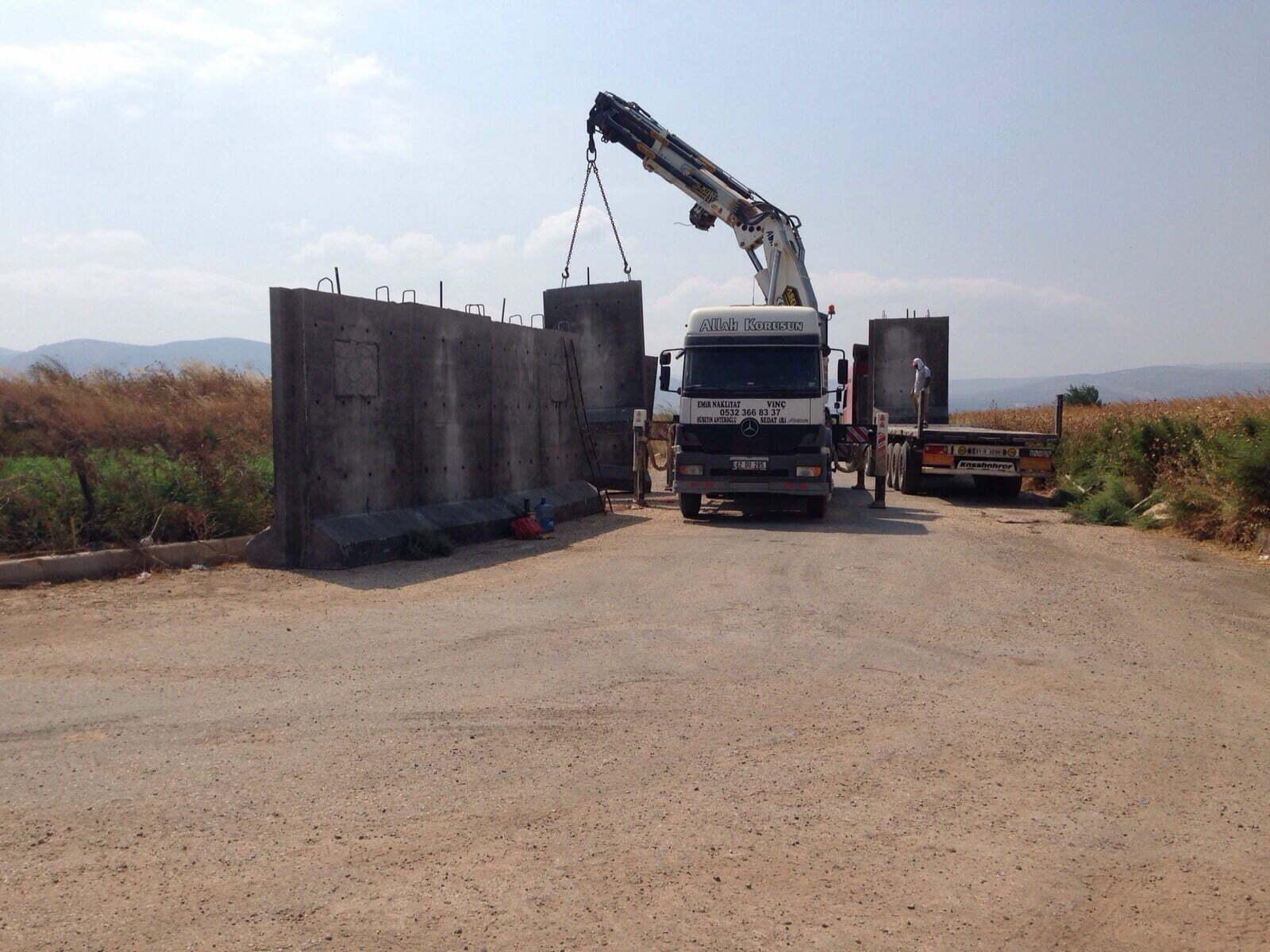 Hatay Sınırına 45 Kilometrelik Duvar Örülüyor