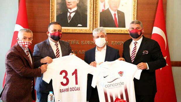 Hatay Valisi Doğan: Yeni stadyum 20 Eylül'de teslim edilecek