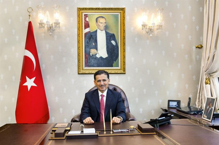 VALİ ERCAN TOPACA'DAN 30 AĞUSTOS ZAFER BAYRAMI  KUTLAMA MESAJI