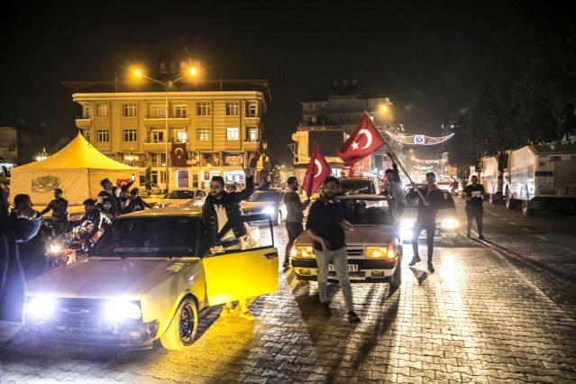 Reyhanlı'da Mehmetçiğe destek konvoyu düzenlendi