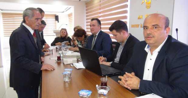 STK'lar Ak Parti aday adayları için oy kullandı
