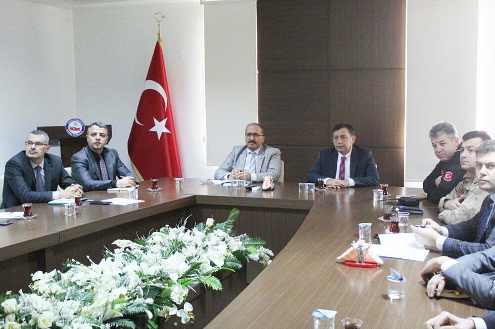Reyhanlı'da Bağımlılıkla mücadele toplantısı yapıldı